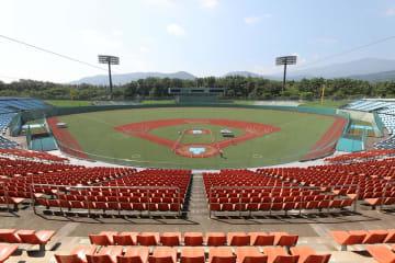 福島あづま球場を訪ねて 東京五輪野球・ソフト会場
