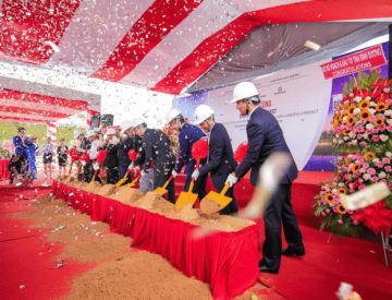 7月31日にビンズオン省で開催されたソラ・ガーデンズ2の本体工事着工式の様子(ベカメックス東急提供)