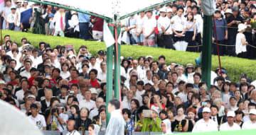 平和記念式典に参列した被爆者や遺族たち(撮影・山本誉)
