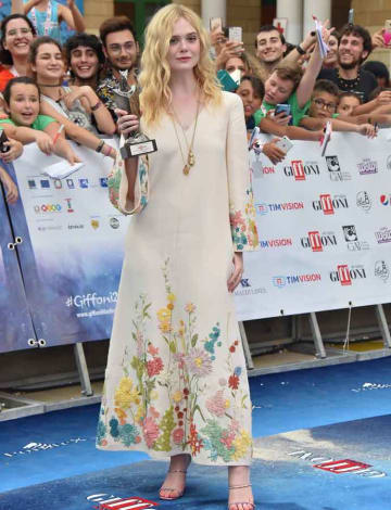 Elle Fanning Wins Award At 2019 Giffoni Film Festival