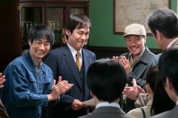 NHK連続テレビ小説「なつぞら」第111回で実現した戸次重幸さん、森崎博之さん、音尾琢真さんのスリーショット (C)NHK