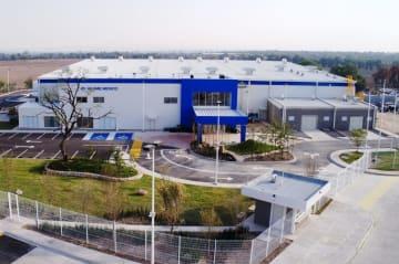 本格稼働したメキシコ現法の新本社工場
