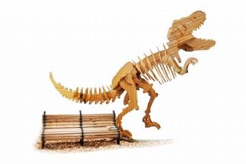 福井県福井市のハピテラスに8月12日から出現するティラノサウルスの木製骨格模型のイメージ