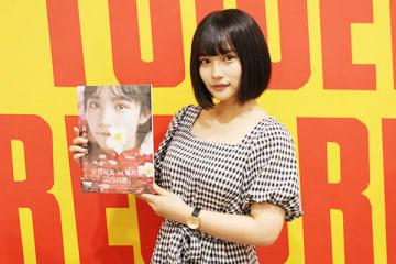 地元埼玉で初めての単独イベントを開催したAKB48の矢作萌夏さん=8日、越谷市のタワーレコード イオンレイクタウン店