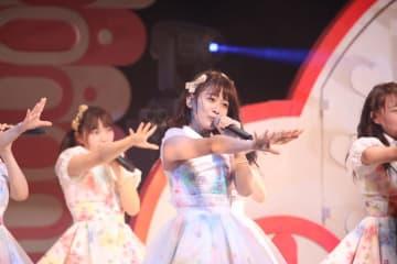 AKB48チーム8[ライブレポート] 太田奈緒、センターでSTU48の名曲「暗闇」熱唱|エイトの日!グランキューブ祭り!2019