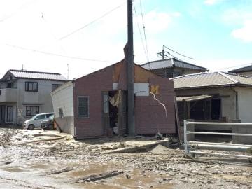 西日本豪雨発生から間もない時期の岡山県倉敷市真備町(写真クレジット:ピースボート災害ボランティアセンター)