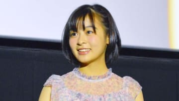 劇場版アニメ「天気の子」の大ヒット御礼舞台あいさつに登場した森七菜さん