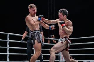 健太(右)が今年5月以来のONE参戦、強豪ムアンタイと激突(c)ONE