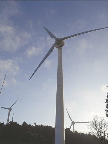 建て替えに乗り出す「ウインドパーク久居榊原風力発電所」(津市榊原町)