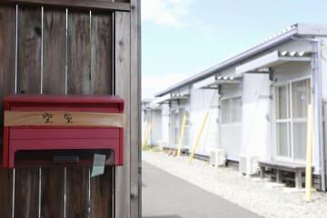 空室が多くなった熊本県益城町のテクノ仮設団地=12日