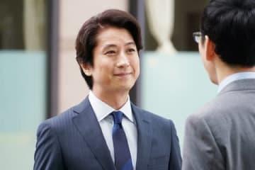 ドラマ「偽装不倫」で、仲間由紀恵さん演じる葉子の夫・賢治を演じている俳優の谷原章介さん(C)日本テレビ