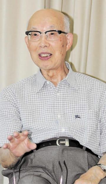 「精神的な支柱になる思想を提示したかった」と語る宮田さん=仙台市青葉区