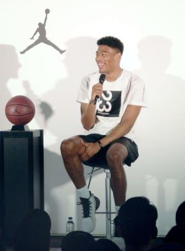 ナイキ社のトークショーに出席した、バスケットボール男子日本代表の八村=16日、東京都渋谷区