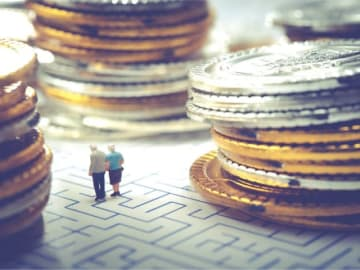 「老後2000万円」問題を始め、「老後破産」や「下流老人」などのニュースを見て、不安を募らせている人も多いはず。どうすれば、老後のお金にまつわる不安を手放せるのでしょうか――。