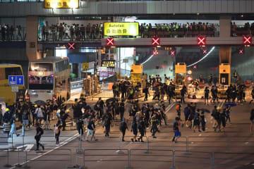 暴力は許されない 各界が香港の混乱収束呼びかけ
