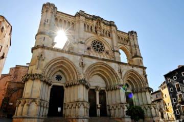スペイン・クエンカの旧市街を訪ねて
