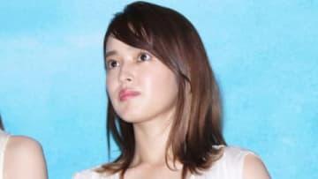 映画「いなくなれ、群青」の完成披露試写会に登場した矢作穂香さん