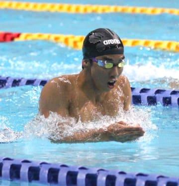 【男子200メートル平泳ぎB決勝】2分15秒03で1着となり、全体9位に入った吉田拓斗(都城農)=熊本市総合屋内プール