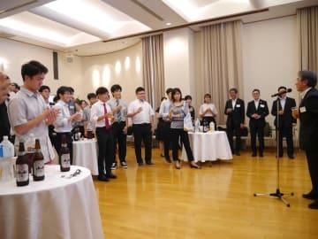 中国政府奨学金留学生壮行会、東京で開催