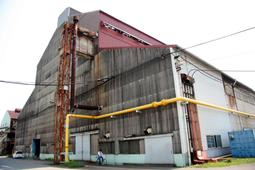 大阪陸軍造兵廠の工場跡。現在は神戸製鋼所高砂製作所になっている=高砂市荒井町新浜2