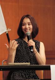 夢を持つ大切さを語った田中理恵さん=加古川市民会館