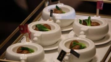 中国産の「人工肉」で作った肉団子が登場 浙江省杭州市