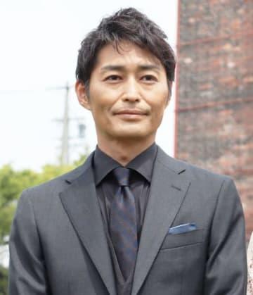 愛知県常滑市で行われた愛知発地域ドラマ「『黄色い煉瓦』~フランク・ロイド・ライトを騙した男~」の会見に出席した安田顕さん