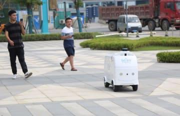 蘇寧易購、5G対応の自動運転配送車を導入