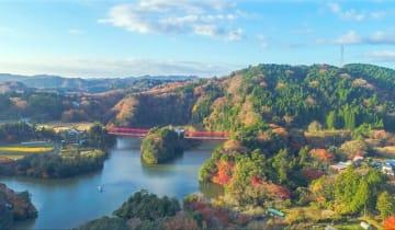 千葉県内屈指の紅葉の名所、君津市の亀山湖