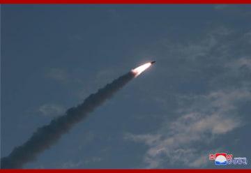 北朝鮮が飛翔体2発を発射…韓国軍発表