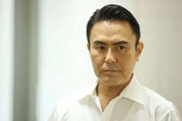ドラマ「監察医 朝顔」第8話から登場する神崎譲治役の市川右團次さん(C)フジテレビ