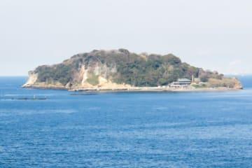 横須賀市平成町から臨む猿島
