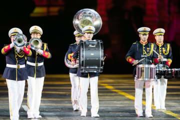 モスクワで国際軍隊音楽祭 赤の広場に人民解放軍軍楽団登場