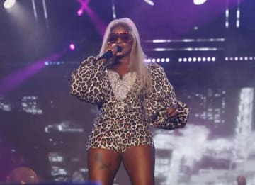 Mary J Blige Performs at Essence Festival In Cheetah Print Jumpsuit