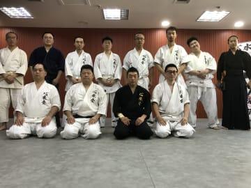心身の鍛錬に励む 北京で「古伝体術心水会」の講習会開催