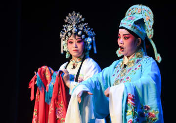 中国の伝統戯劇が集結 江蘇省昆山市