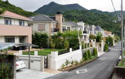 平均約500平方メートルの敷地に建つ豪邸=北区柏尾台