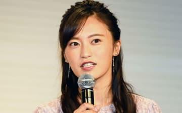 ラグビーの世界大会「ラグビーワールドカップ2019 日本大会」の日本テレビ系中継番組の出演者団結式に登場した小島瑠璃子さん