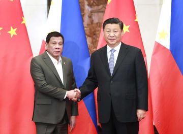 習近平主席、フィリピン大統領と会見