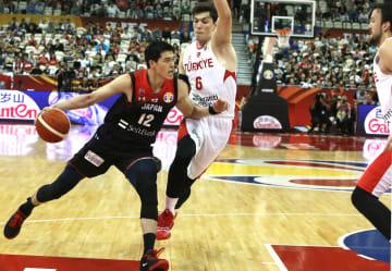 日本、トルコに敗れる バスケW杯1次リーグ