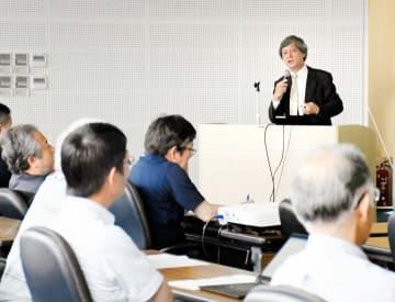 SFTSに関する講演などがあった第1回愛媛ワンヘルス研究会=1日午後、松山市三番町4丁目