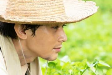 「なつぞら」第134回の一場面 吉沢亮さん演じる山田天陽の横顔 (C)NHK