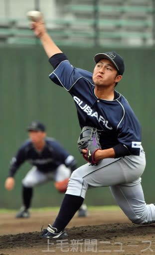 NTT東日本(東京)―スバル 7回まで投げ、2安打無失点と好投したスバルの先発川上=さいたま・県営大宮公園