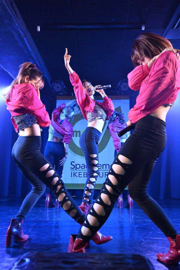CHERRSEE[ライブレポート]MIYU 1st写真集発売記念ミニライブで見せた揺るぎない絆