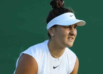 Description: Andreescu WM17 (12) Date: 4 July 2017, 19:20 Source Andreescu WM17 (12) Author: si.robi (Wikipedia)