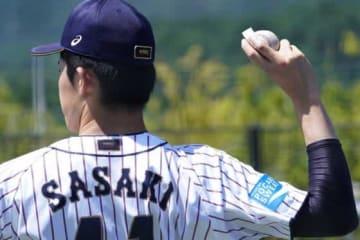 5日からスーパーラウンド突入、侍ジャパンU-18代表の試合日程をチェック【写真:荒川祐史】