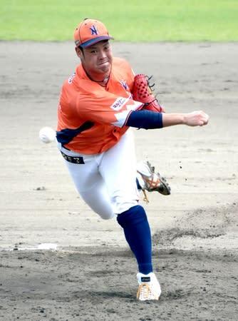 福島-新潟 5回1失点で8勝目を挙げた先発前川=5日、牡丹台