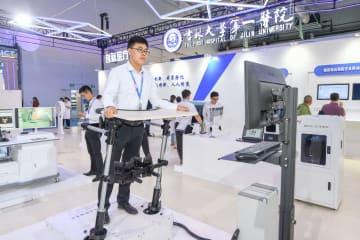 中国、病院の5Gネット構築「標準」制定作業開始 ファーウェイも参加