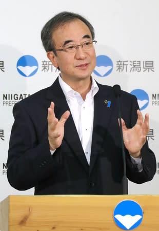東京電力の情報伝達ミスの再発防止について「実績を出してほしい」と語る花角英世知事=5日、県庁