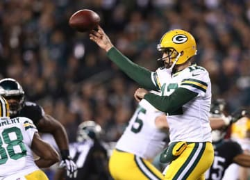 Aaron Rodgers, Packers Beat Eagles 27-13